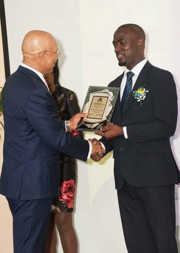 jamu-gordon-lindsay-awarded